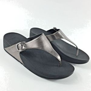 FitFlop Metallic Pewter Thong Sandals Size 8